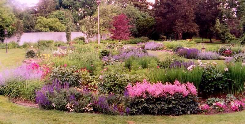 Photo Of An English Garden Example 2