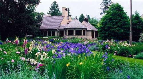 Photo of a Bloomfield Hills English Garden Example